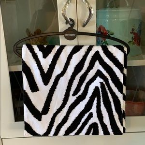Pier 1 Imports table runner zebra print NWT